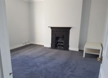 2 bed maisonette to rent in Wellington Gardens, Charlton SE7