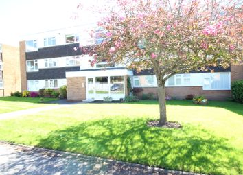 Thumbnail 2 bed flat to rent in Alder Park Road, Solihull, West Midlands