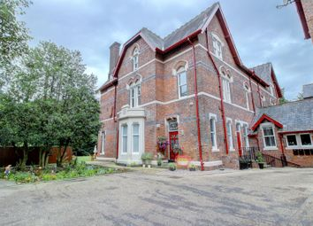 2 bed flat for sale in Orchard Lane, Leigh WN7