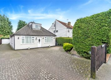Whitepost Lane, Meopham, Gravesend, Kent DA13. 3 bed detached house