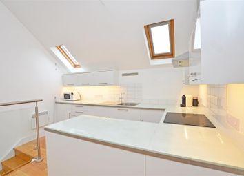 Thumbnail 1 bed terraced house to rent in Shacklegate Lane, Teddington