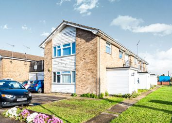 Thumbnail 2 bedroom maisonette for sale in Upminster Road North, Rainham