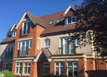 Thumbnail 1 bed flat to rent in Queens Park Road, Caterham