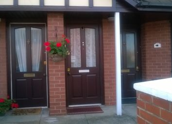 Thumbnail 1 bed flat to rent in Queens Road, Hazel Grove Stockport