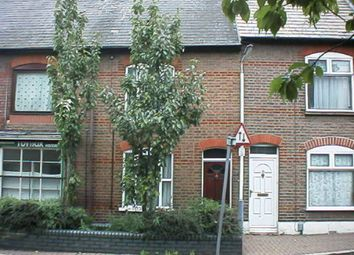 Thumbnail 3 bed terraced house to rent in Hibbert Street, Luton