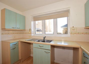 Thumbnail 2 bedroom flat for sale in Medina View, East Cowes, Isle Of Wight