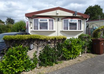 1 bed mobile/park home for sale in Harthurstfield Park, Fiddlers Green Lane, Cheltenham, Gloucestershire GL51