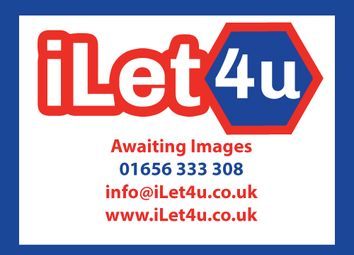 Thumbnail Room to rent in Leslie Avenue, Taunton, Somerset.