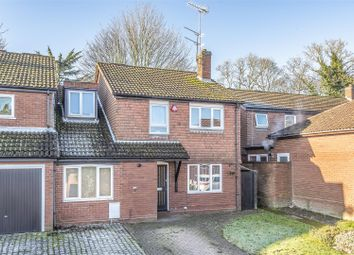 Thumbnail 4 bed detached house to rent in Nash Close, Borehamwood