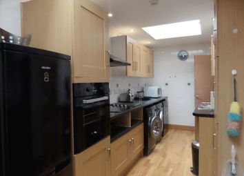 Thumbnail 1 bed flat to rent in Greenwood Drive, Redhill