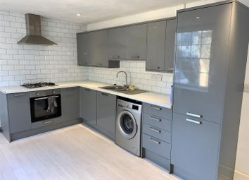 Thumbnail 4 bed flat to rent in Market Street, Margate
