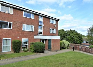 Thumbnail 1 bed flat for sale in Bellfield, Pixton Way, Croydon