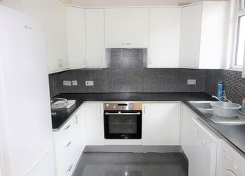 Thumbnail 2 bed flat to rent in Prince George Avenue, Oakwood