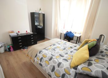 Thumbnail 3 bed flat to rent in Simonside Terrace, Heaton