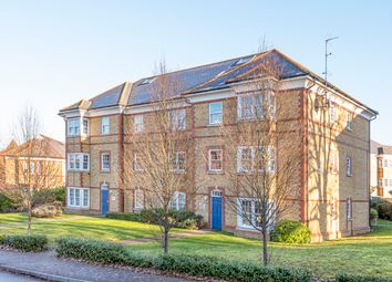 2 bed flat for sale in Blackwell Close, London N21