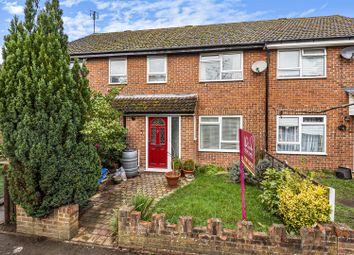 Arnett Avenue, Finchampstead, Berkshire RG40. 3 bed terraced house for sale