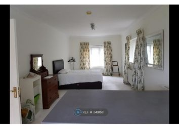 Thumbnail Room to rent in Sandy Lodge Lane, Northwood