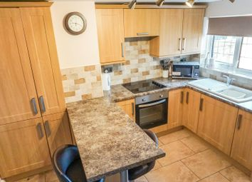Thumbnail 2 bed cottage for sale in Roughton Road, Kirkby On Bain