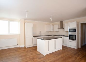 3 bed flat to rent in St. Edmunds Road, Abington, Northampton NN1