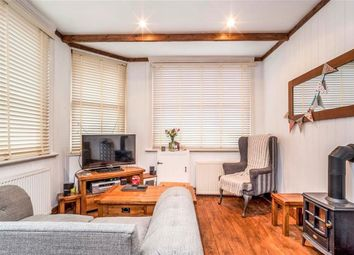 Thumbnail 2 bed property to rent in Church Street, Chesham