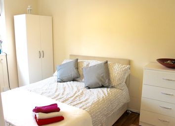 Thumbnail 5 bed shared accommodation to rent in Grasmere Road, London