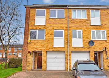 Thumbnail 4 bed town house for sale in Ford End, Woodford Green, Essex