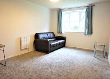 1 bed flat to rent in Plumtree Close, Dagenham RM10