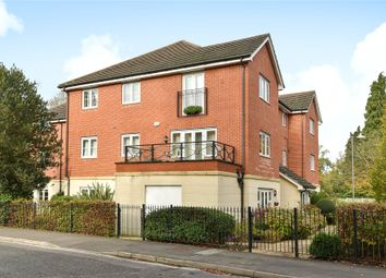Thumbnail 2 bed flat for sale in Waterloo Road, Crowthorne, Berkshire