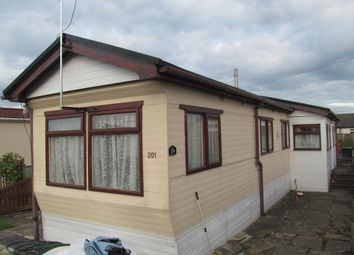 Thumbnail 2 bed mobile/park home for sale in Willow Park, Mancot, Queensferry, Deeside, Flintshire, 2T