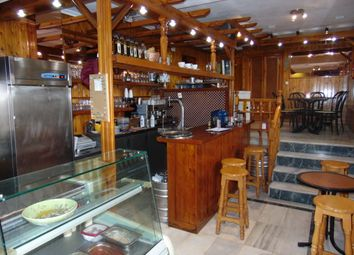 Thumbnail Restaurant/cafe for sale in Busy Location Within A Commercial Center, Fuengirola, Málaga, Andalusia, Spain