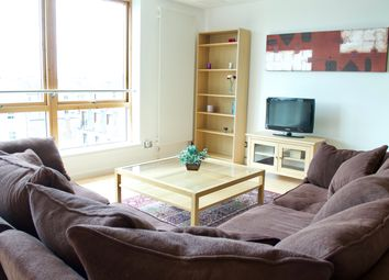 2 bed flat to rent in Gardner's Crescent, Edinburgh EH3