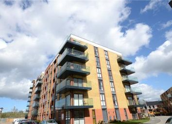 Thumbnail 2 bedroom flat for sale in Oscar Wilde Road, Reading, Berkshire