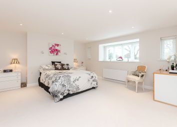 Thumbnail Studio to rent in Cross Road, Purley