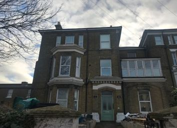 1 bed flat to rent in The Vale, Broadstairs CT10