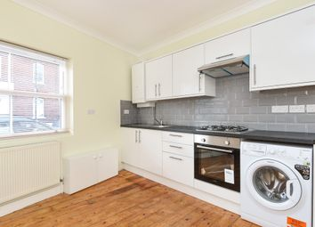 2 bed maisonette for sale in Nightingale Lane, London N8