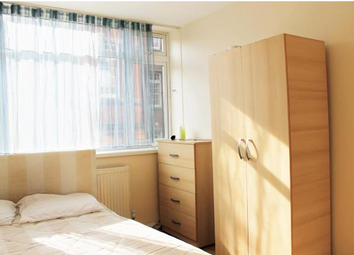 Thumbnail Room to rent in Johnson Street, London
