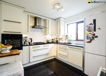 Thumbnail 3 bedroom flat to rent in Prospect Place, Wapping Wall, London