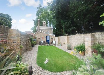 Thumbnail 1 bedroom detached house for sale in New London Road, Chelmsford