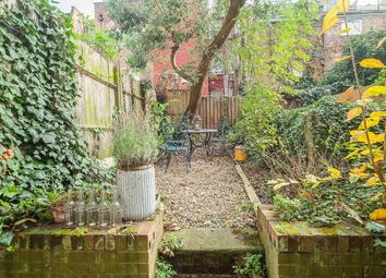 Thumbnail 2 bedroom flat to rent in Tollington Park, Stroud Green