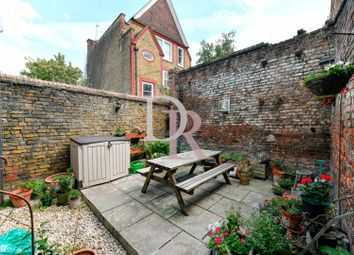Thumbnail 1 bed flat for sale in Balls Pond Road, Hackney