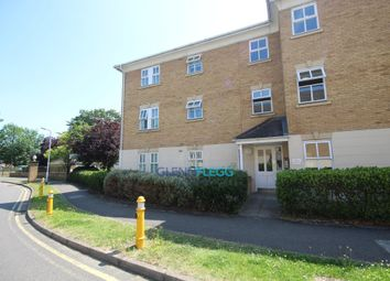 Thumbnail 1 bed flat to rent in Hurworth Avenue, Slough