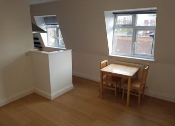 Thumbnail Flat to rent in Station Road, Rickmansworth