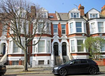 Thumbnail 1 bed flat to rent in Larden Road, London