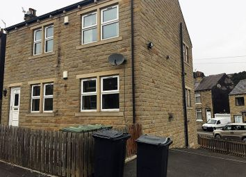 Thumbnail 2 bed flat to rent in Bleasdale Avenue, Birkby, Huddersfield