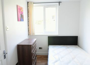 Thumbnail 6 bed flat to rent in Timsbury Walk, London