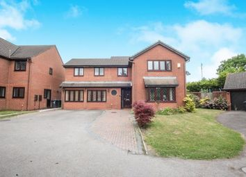 Thumbnail 7 bed detached house for sale in Statham Close, Luton, Bedfordshire