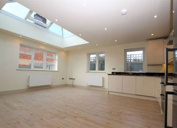 Thumbnail 2 bedroom flat for sale in Fortis Green, East Finchley, London