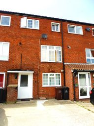 Thumbnail 5 bed property to rent in Britten Close, Colchester