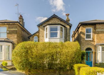 Thumbnail 2 bedroom flat for sale in Essex Park, Finchley