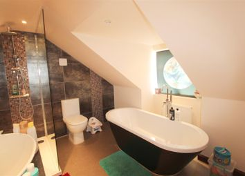 4 bed property for sale in Milton Road, Ware SG12